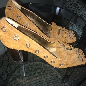 Dolce & Gabbanna Suede Pumps Size 9